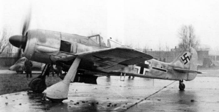 FW 190A-6 Jabo, May or early June, 1944